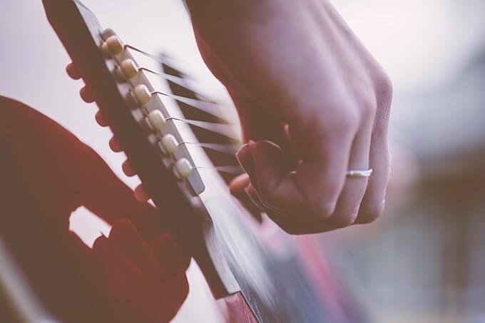 ギターの手元